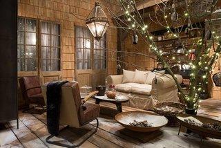 Mobilier de calitate din lemn si tesaturi