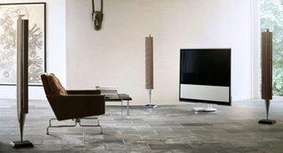 Zona de privit la TV cu fotoliu comod din piele