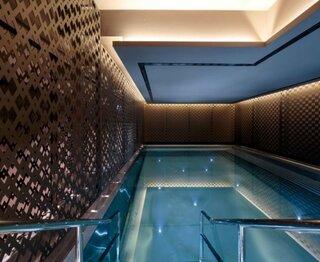 Amenajare piscina cu metal perforat