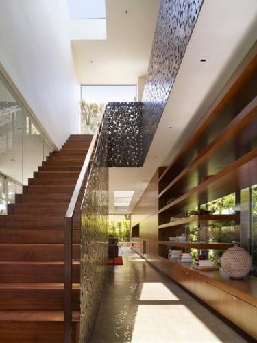 Panouri decorative pentru scari din metal traforat