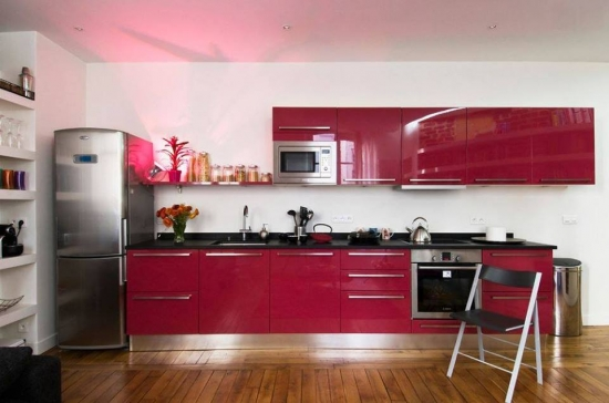 Mobilier bucatarie rosu lucios