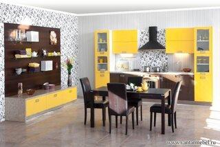 Decor bucatarie deschisa galben cu wenge