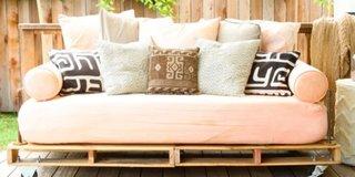 Canapea din paleti