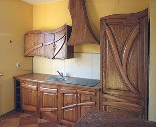 Mobila de bucatarie din lemn de stejar