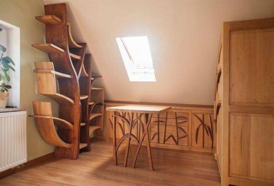Mobilier din lemn pentru mansarda