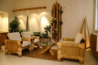 Living cu mobilier din bambus