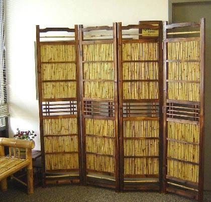 Paravan din bambus si plasa de ratan