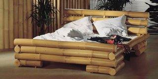 Pat pentru dormitor din lemn de bambus