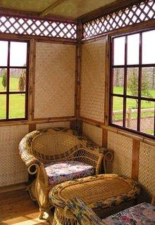 Tapet din iuta intr-o locuinta in stil oriental
