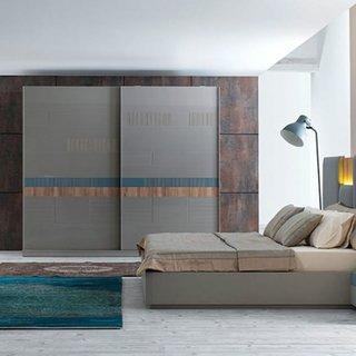 Dormitor modern cu dulap cu 2 usi glisante