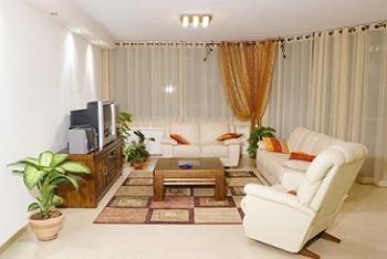 canapea fixa si fotoliu pentru living