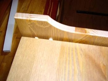 Asamblare cep striat de lemn