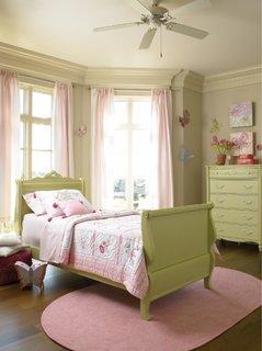 Dormitor vernil pentru fetite