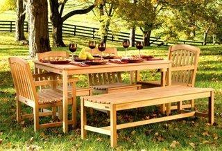 Masa si scaune din lemn pentru gradina