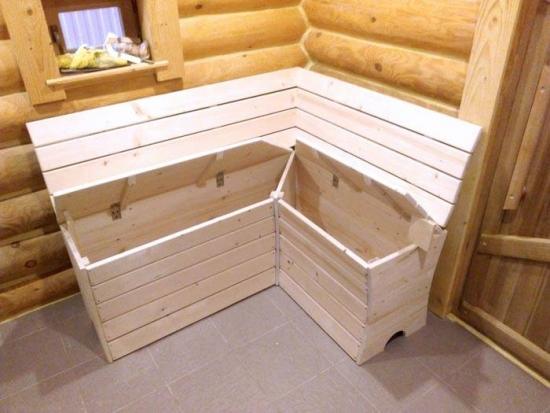 Mobilier din lemn pentru baie