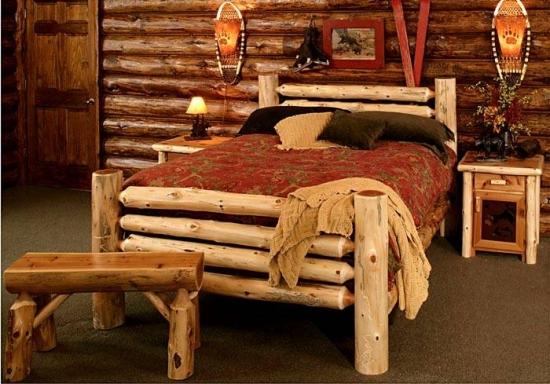 Mobilier rustic din lemn