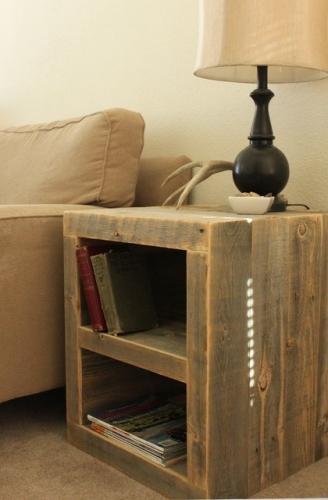 Noptiera din lemn nefinisat fara sertare