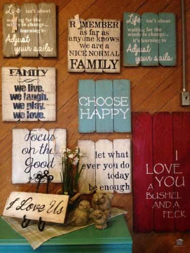 Paleti folositi pentru decor cu mesaje motivationale inscriptionate