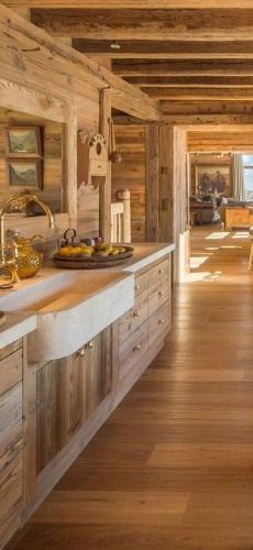 Mobilier bucatarie din paleti din lemn