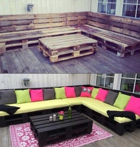 Canapea de exterior pentru terasa din paleti vopsiti si perne