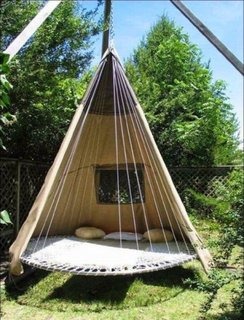 Hamac suspendat un loc perfect pentru relaxare in gradina