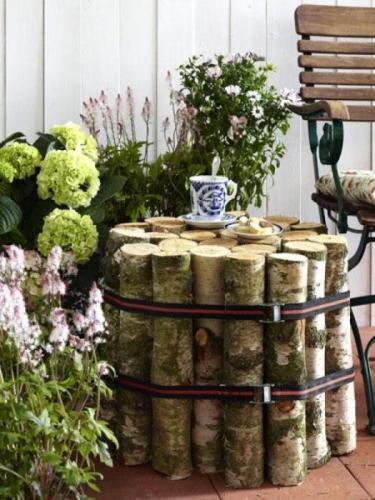 Masuta de cafea pentru exterior din busteni