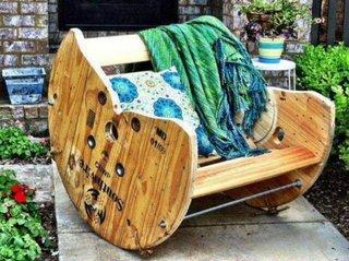 Mobilier inedit pentru gradina confectionat handmade