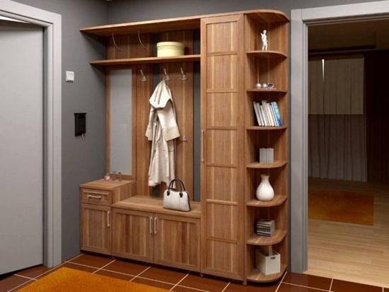 Mobilier din lemn pentru hol