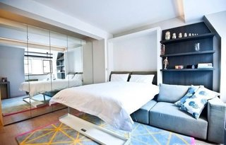 Apartament amenajat cu mobilier multifunctional