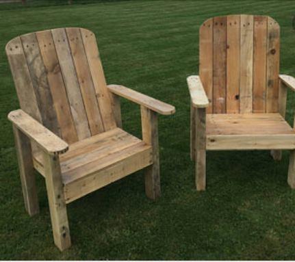 Scaune mari din paleti din lemn