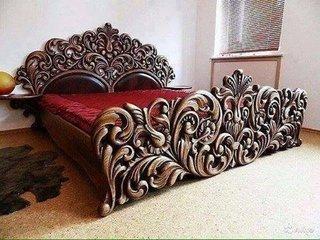 Pat elegant din lemn