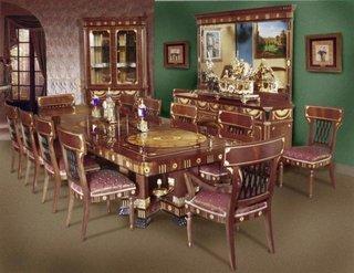 Set dinning cu masa si scaune in stil renascentist