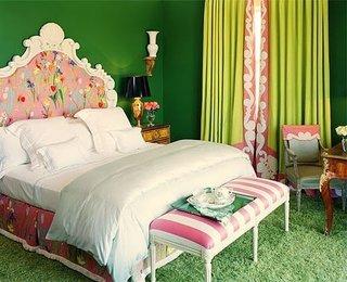 Pat model antic cu tablie inflorata si mocgeta latoasa de culoare verde