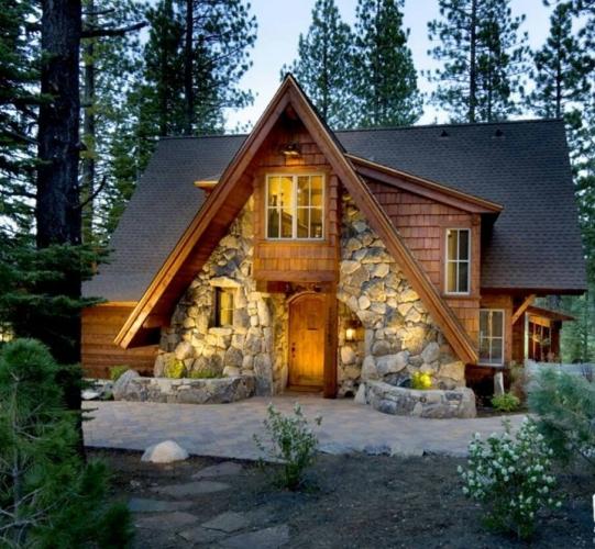 Casa rustica in forma de A