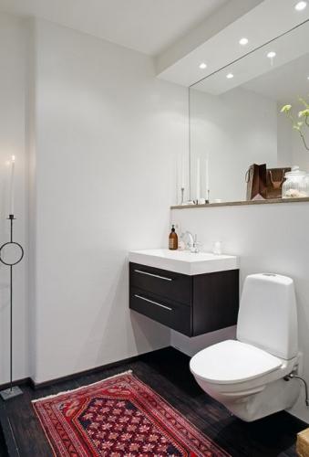 Joc de contraste pentru design baie moderna