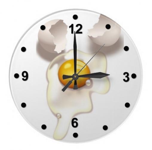 Ceas de bucatarie cu ou spart pe farfurie