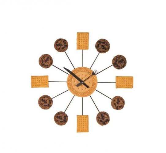 Ceas de perete cu biscuiti si fursecuri