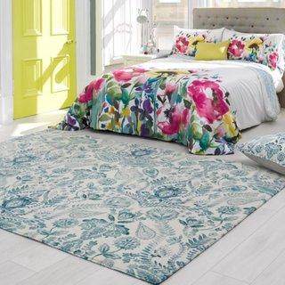 Covor alb cu flori bleu pentru dormitor zugravit cu alb
