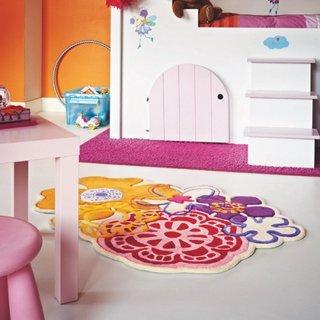 Covor super colorat pentru camera unei fetite
