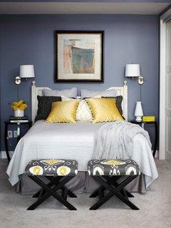 Aplice gen veioze cu abajur montate pe perete in lateralele patului