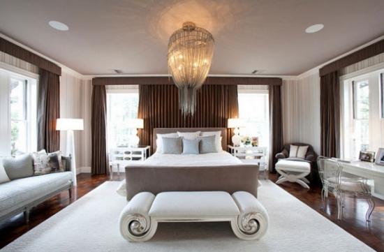 Candelabru impunator pentru dormitor luxos
