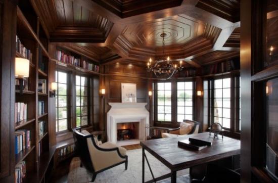 Stil claic pentru un living cu tavan fals