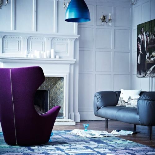 Fotoliu cu spatar inalt violet aprins in living stil industrial