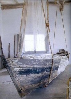 Barca transformata in hamac