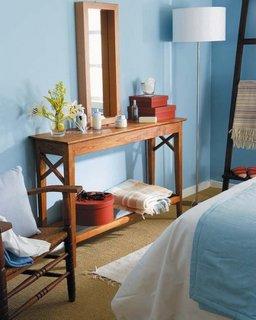 Consola spaniola dormitor