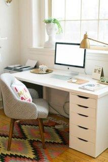 Ccaun de birou de lemn cu tesatura colorata