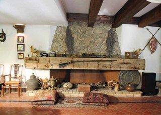 Accesorizarea cu antichitati pentru cadre masive