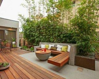 Mobilier pentru exterior din ciment si lemn