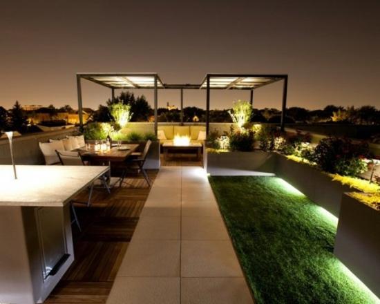 Terasa moderna cu plante amplasata pe acoperis
