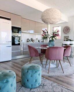 Bucatarie in culori moderne